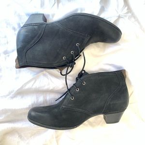 Rockport Laceup Leather Black Booties- SZ: 9